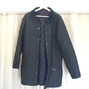 Navy blue quilted Barbour jacket👌🏽